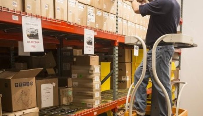 9 Questions to Help Choose the Right Mobile Computer for Your Warehouse